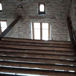 Vorher - Renovierung eines Landhauses mit Installation von 2 rechteckigen Netzen