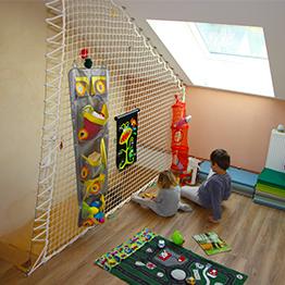 Verspieltes Geländer für Kinderzimmer